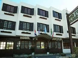 Hoteles y Alojamiento